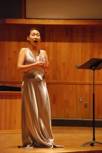 ki-jung jun, soprano